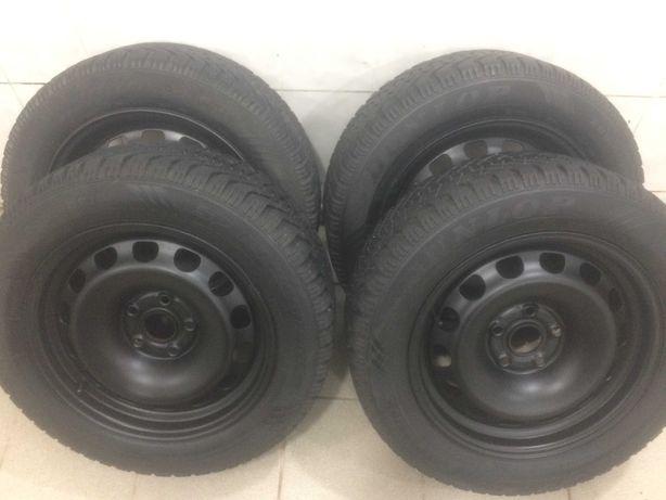 Продам зимнюю резину в сборе с дисками 205 60 16 Dunlop  Германия