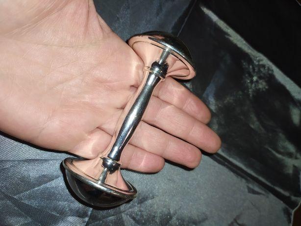 Винтажная погремушка-гантелька посеребрение