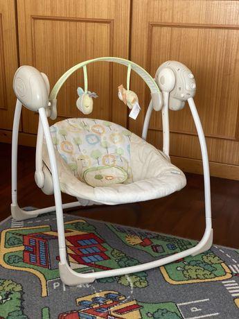 Baloiço de bebé com música