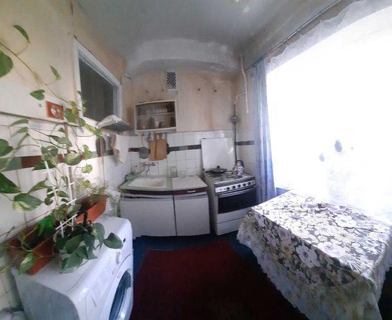 Продам 2 к.квартиру ул.Петра Запорожца №14 А жилая 39999 у.е торг