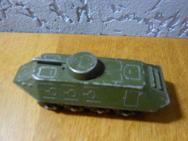 Модель железная -броневик СССР