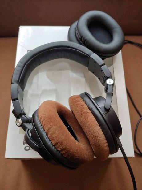 Наушники AudioTechnica ATH-M50