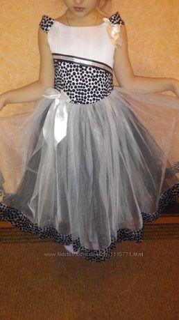 Шикарное платье нарядное на выпускной