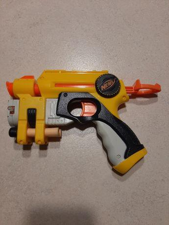 Pistolet Wyrzutnia NERF NITE FINDER