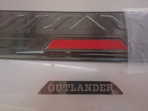 Накладка Mitsubishi Outlander 2016+