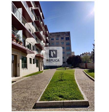 Apartamento T2 para arrendamento na Boavista