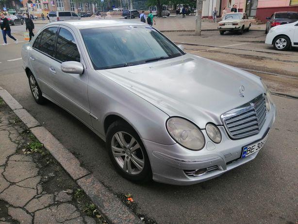 Mercedes E320 avangard