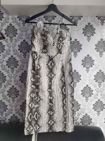 Wężowa Sukienka ..