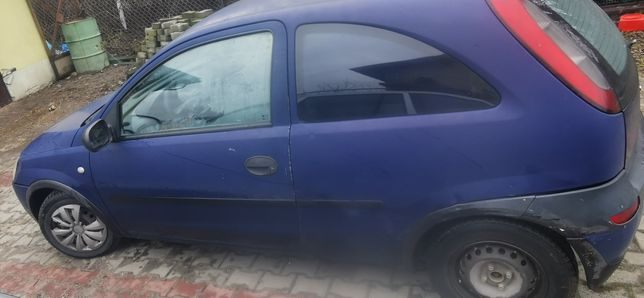 Opel Corsa C/1.0 benzyna/ 2003