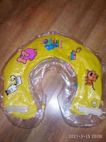 Круг( комірець) для купання немовлят