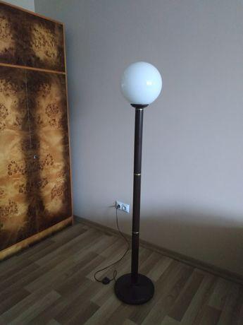 Lampa stojąca brązowa