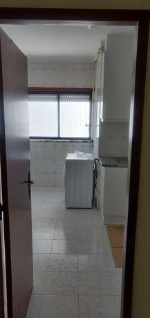 Apartamento T2 com garagem Marinha Grande
