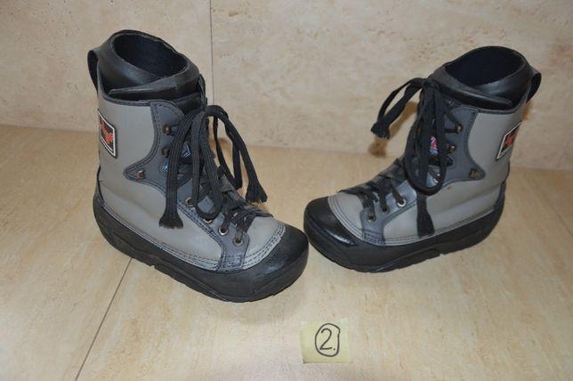 Buty snowbordowe STAF. Rozmiar 38