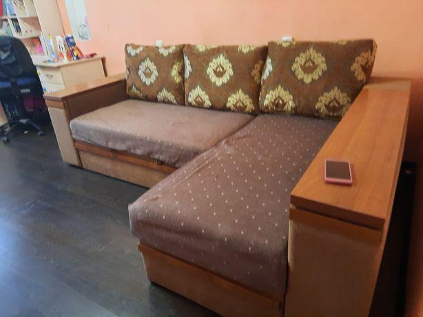 Угловой диван с 2мя ящиками для белья