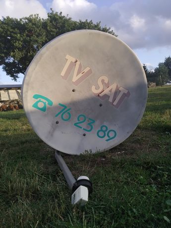 Satelita biała z konwektorem