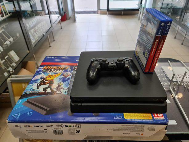 Konsola PS4 Slim PlayStation 4 Slim 1TB + pad + okablowanie + 2 gry