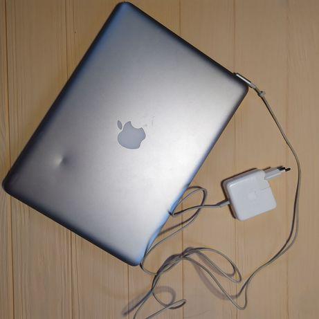 Продам MacBook 13 дюймов