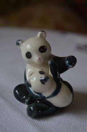 miniaturka figurka miś niedźwiadek porcelana