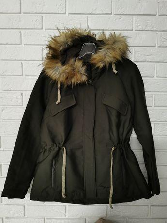 Nowa kurtka z kapturem desigual 40 L