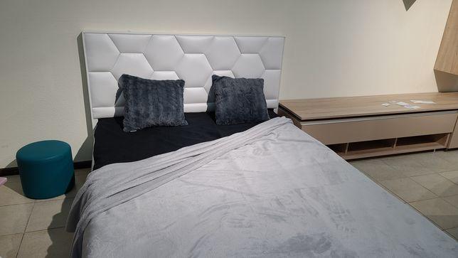 Ліжко 1400×1900 з м'якою спинкою