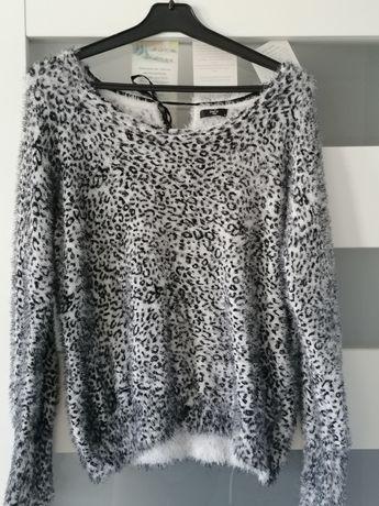 Sweterek M&Co