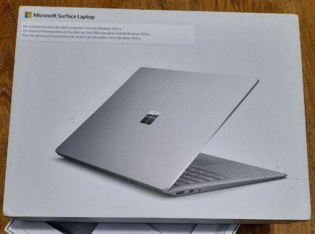 Ультрабук Microsoft Surface Laptop Core i7 8gb 256 SSD