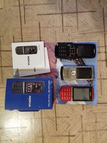 Мобильные телефоны 3 шт :330р