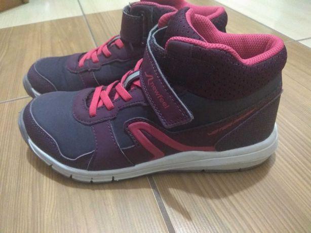 Buty nieprzemakalne fioletowe r.35 dziewczece