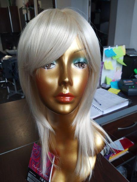 Peruka sztuczne syntetyczne długie blond platyna grzywka7010 Vicky 613