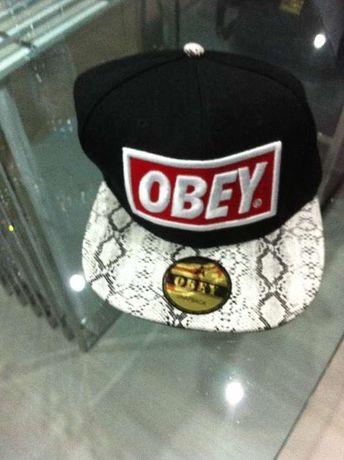 Chapéu OBEY novo