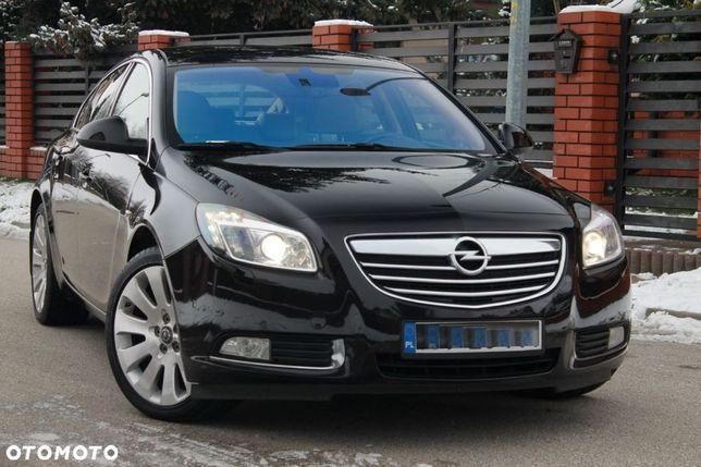 Opel Insignia Krajowy 1WŁ 2.0Turbo 220KM Cosmo Xenon ALU19 Jasna Skóra NAVI Stan BDB