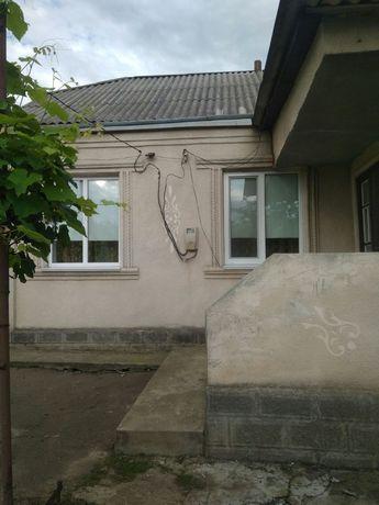 Продається будинок в Новоархангельську із зручностями