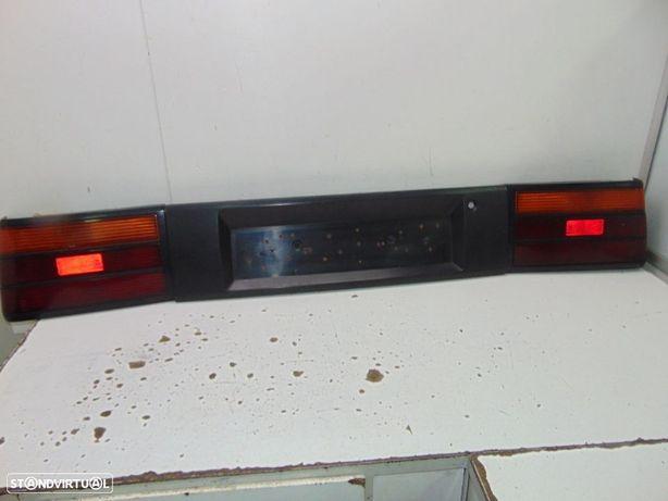 Rover 213 farolins traseiros