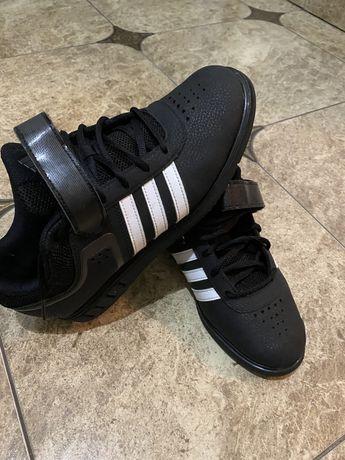 Продам штангетки adidas (оригінал) в ідеалі