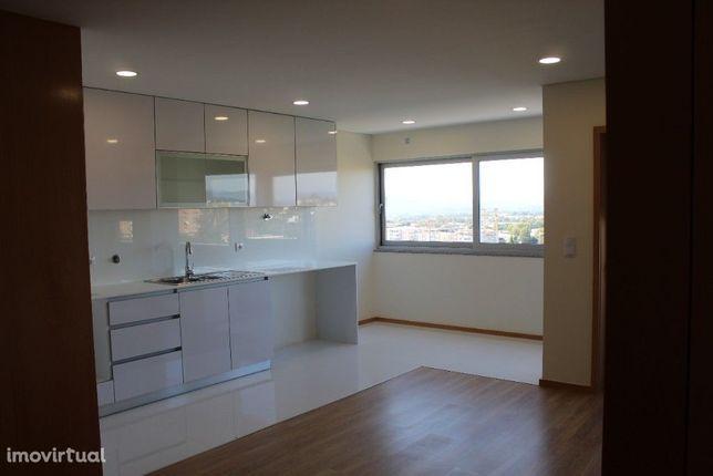 Apartamento T2  c/ Escritório  - Real - Braga