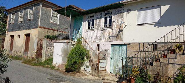 Casa para reconstrução no Douro
