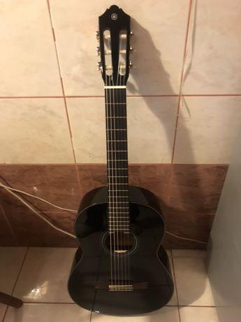 Классическая гитара YAMAHA