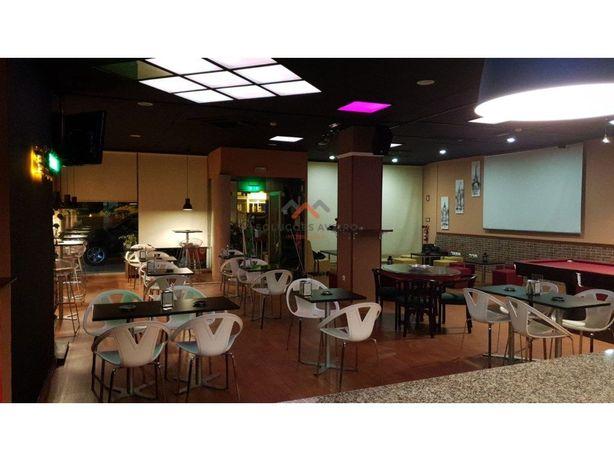 Trespasse Bar/Café Snooker nas Glicínias!!