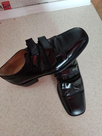 Туфлі на школу шкіряні