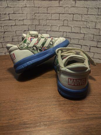 Кроссовки детские adidas 21 marvel