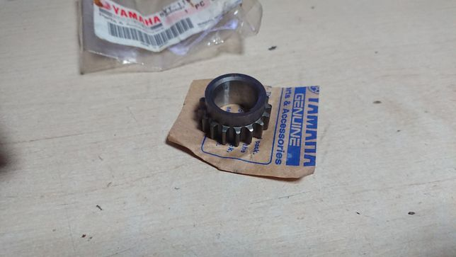 Zębatka rozrządu Yamaha yzf-r1 R1 1000 oraz fazer 1000