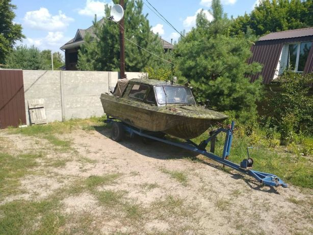 Обменяю лодку на самосвал