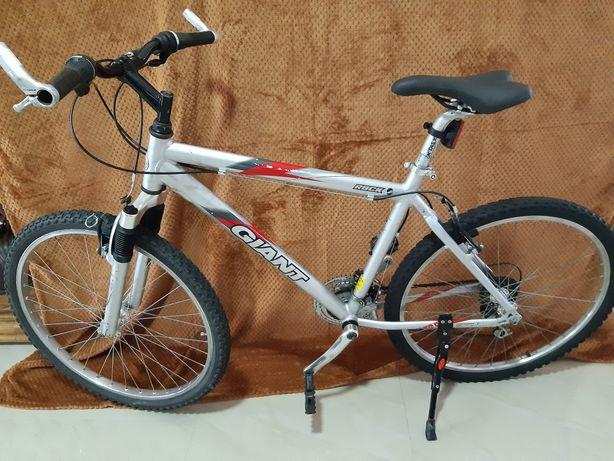 Велосипед Giant алюмінєвий