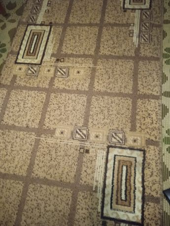 Продам доріжку коврову