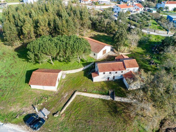 Quinta com 4265m2 próximo da Cidade de Leiria
