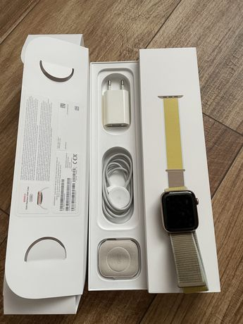 Apple watch seria 5 44mm gold steel case