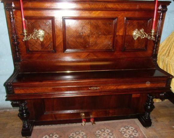 Pianino C.WEYKOPF Danzing