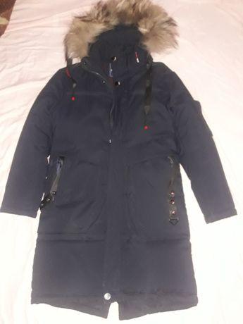 Куртка зимняя на мальчика на 9-11 лет