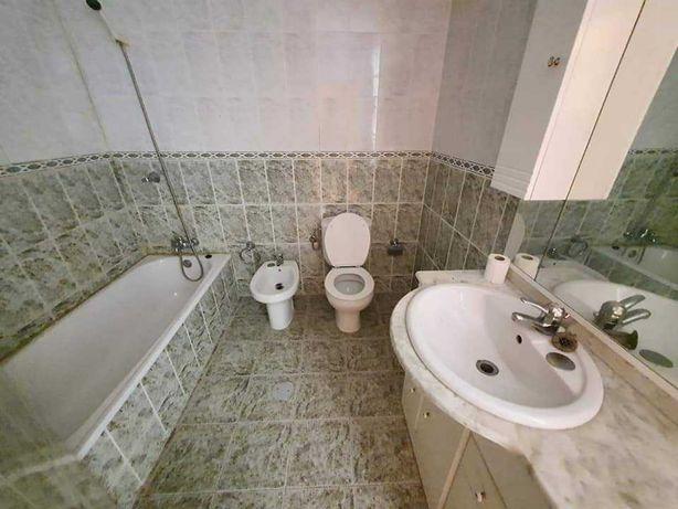 Móvel com lavatório e bidé para casa de banho -  140 euros