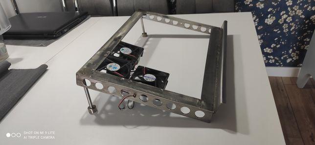 Podstawka pod laptopa recznie robiona z Kwasowki
